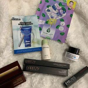 Makeup and skin care bundle🛍🛍